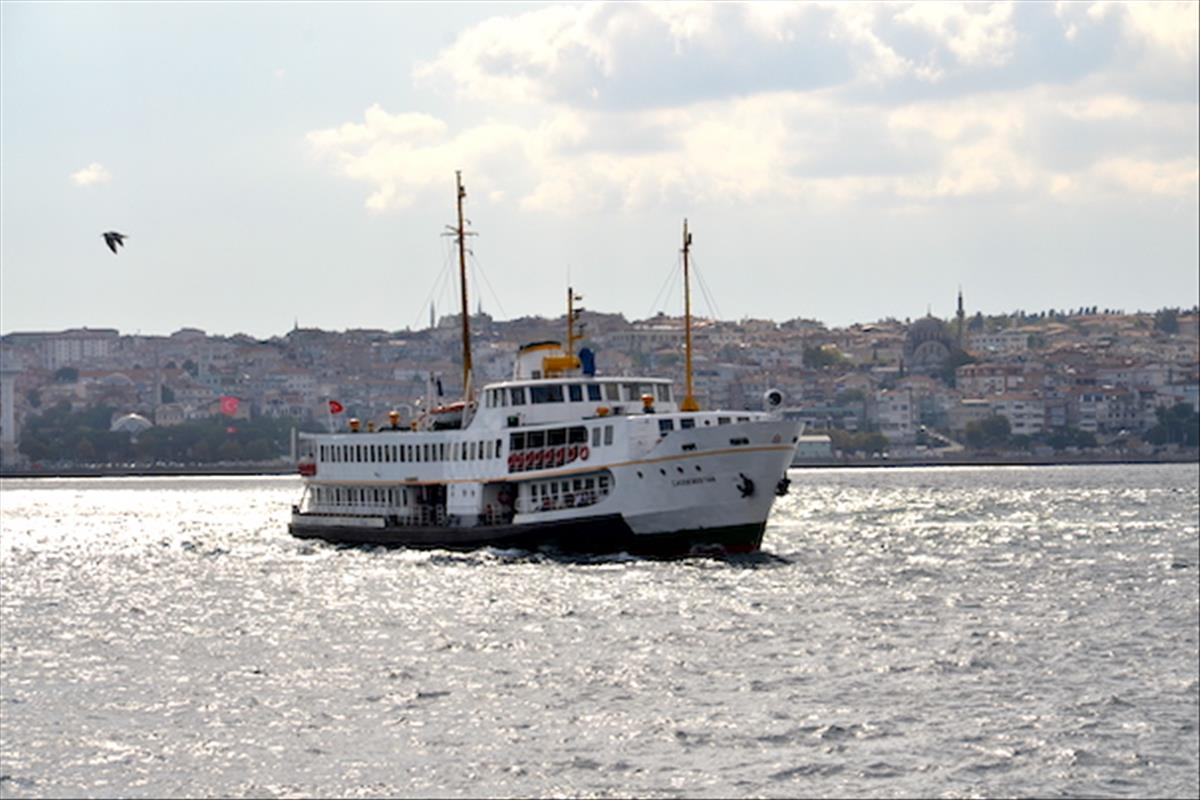 Bosphorus Cruise and Golden Horn Tour